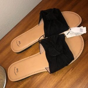 Gap Black sandal
